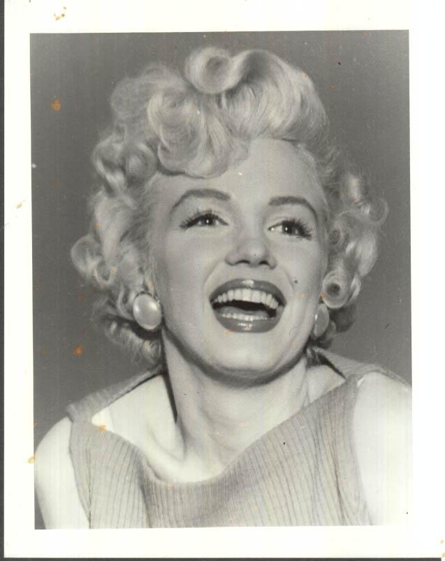Image for Marilyn Monroe smiling - head shot photo 1950s restrike 1980s