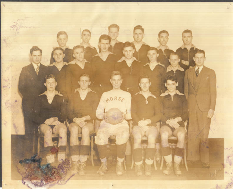 Image for Morse School of Business Hartford CT basketball team photo 1933