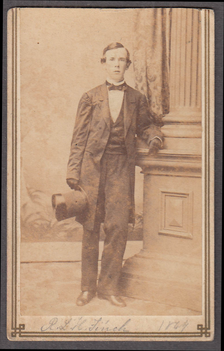 R L H Finch standing top hat gloves CDV by Wood's 208 Bowery NYC