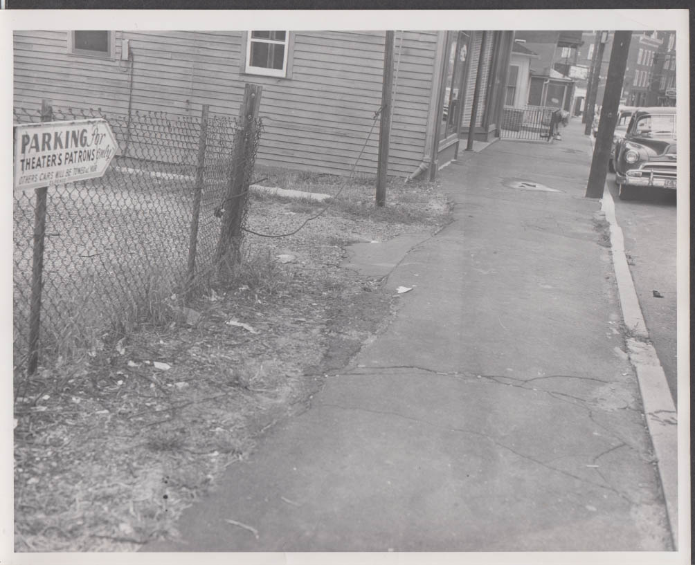 276 Baldwin St Waterbury CT Theatre parking lot police photograph 9/29 1960