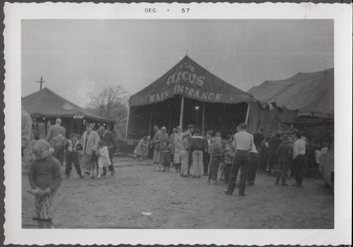 Mills Bros Circus Main Entrance crowd Royal Oak MI May 1957