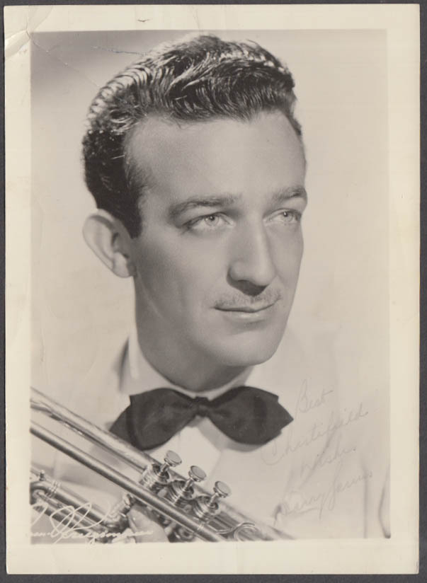 Trumpeter & bandleader Harry James facsimile autograph Chesterfield photo 1940s