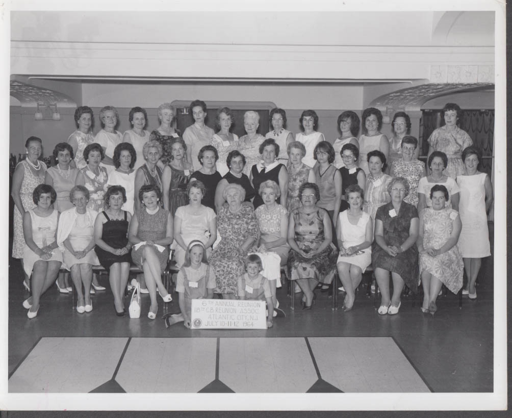 118th Woman SeaBees reunion group photo Atlantic City NJ 1964