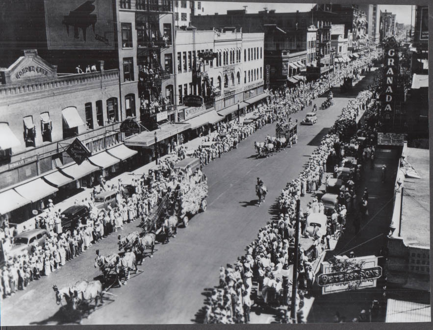 Circus parade photo South Bend IN 1936 J C Penney Granada Theatre Chaplin +