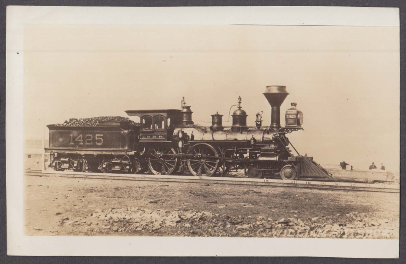 .Illinois Central RR 8-wheeler steam locomotive 4-4-0 #1425 photo