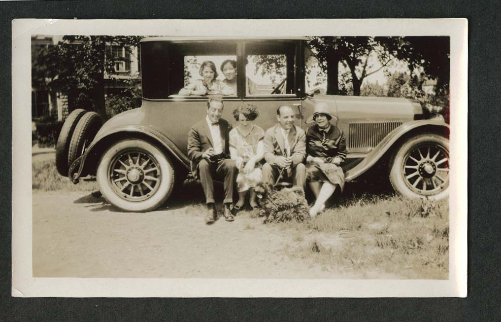 2 men, 4 women, 1 dog & automobile snapshot 1920s