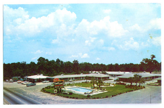 Image for Manger Towne Country Motel Savannah postcard 1962