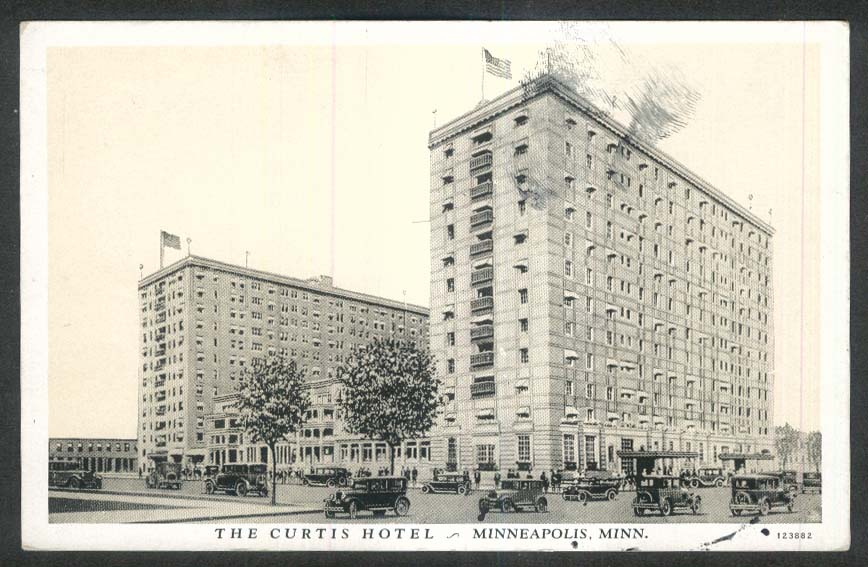 Curtis Hotel Minneapolis MN postcard 1910s