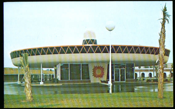 South of the Border Motel SC NC postcard 1950s