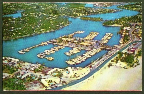 Bahia Mar Yacht Basin Ft Lauderdale postcard 1957