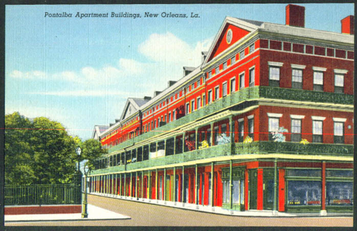 Pontalba Apartment Building New Orleans LA postcard 1940s