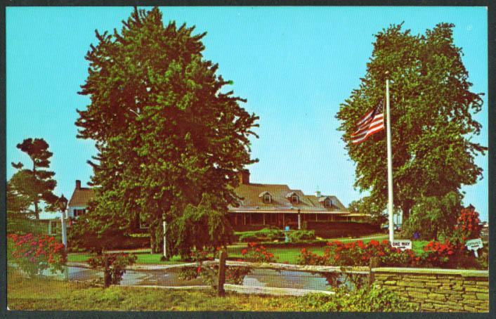 Milleridge Inn at Jericho NY postcard 1960s