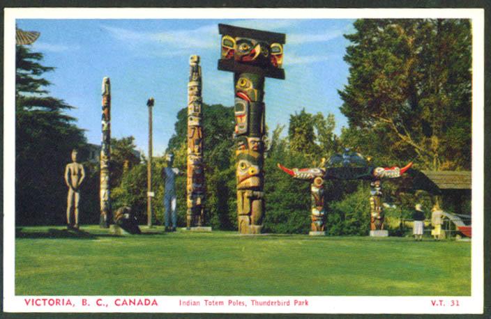 Thunderbird Park Totem Poles Victoria BC postcard 1950s