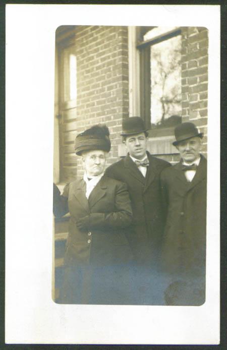 Emily & Philip Glaser ? Ottumwa IA RPPC 1908