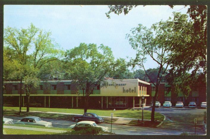 Mohawk Manor Motorist Hotel Syracuse NY postcard 1950s