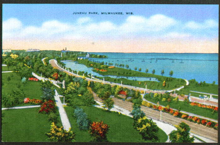 Juneau Park Lake Michigan Milwaukee WI postcard 1930s