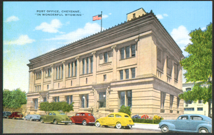 United States Post Office Cheyenne WY postcard 1940s