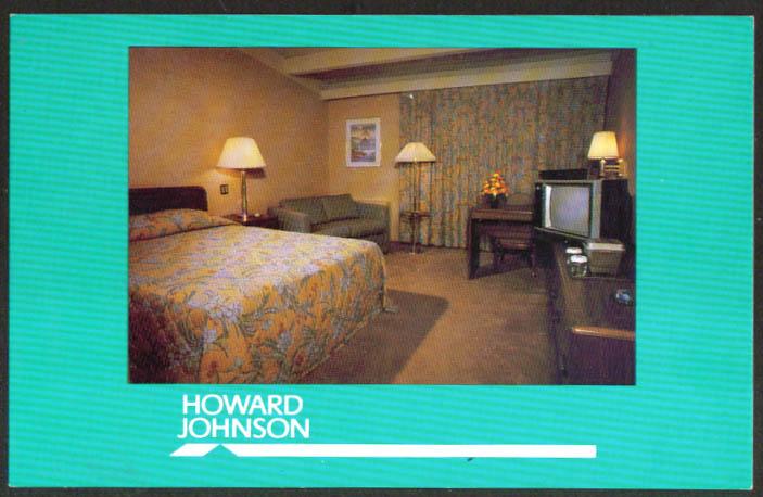 Room in Howard Johnson's 2601 Virginia Ave NW Washington DC postcard 1970s