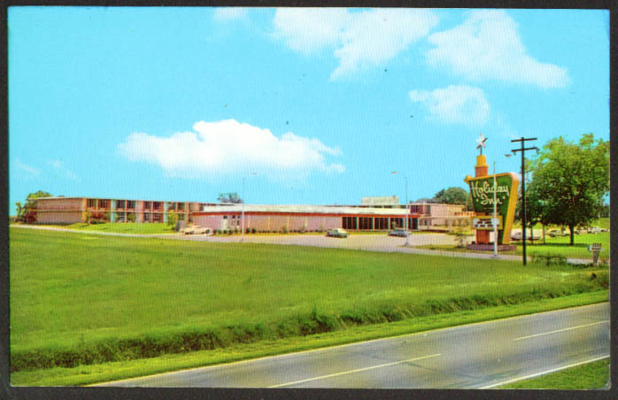 Holiday Inn US 301 15 & I-95 Santee SC postcard 1960s