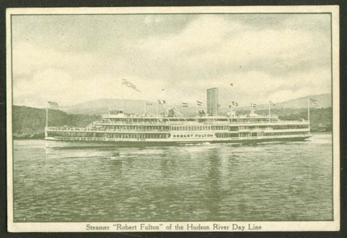 Hudson River Steamer Robert Fulton of the Hudson River Day Line postcard 1910s