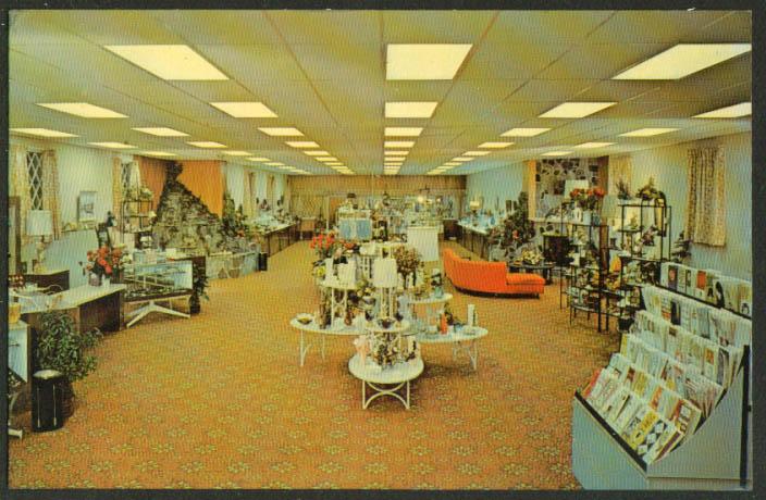 Castle Gifts Dutch Wondelrand Lancaster PA postcard 1950s