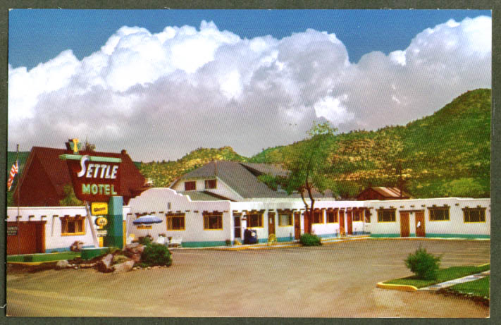 Settle Motel at Buena Vista CO postcard 1950s