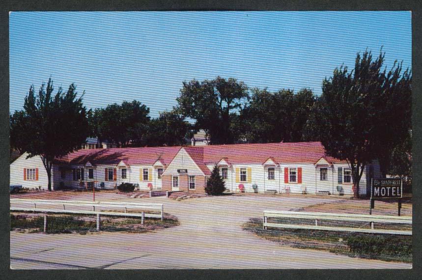 Shady Rest Motel Laurel NE postcard 1950s George W Hodgson