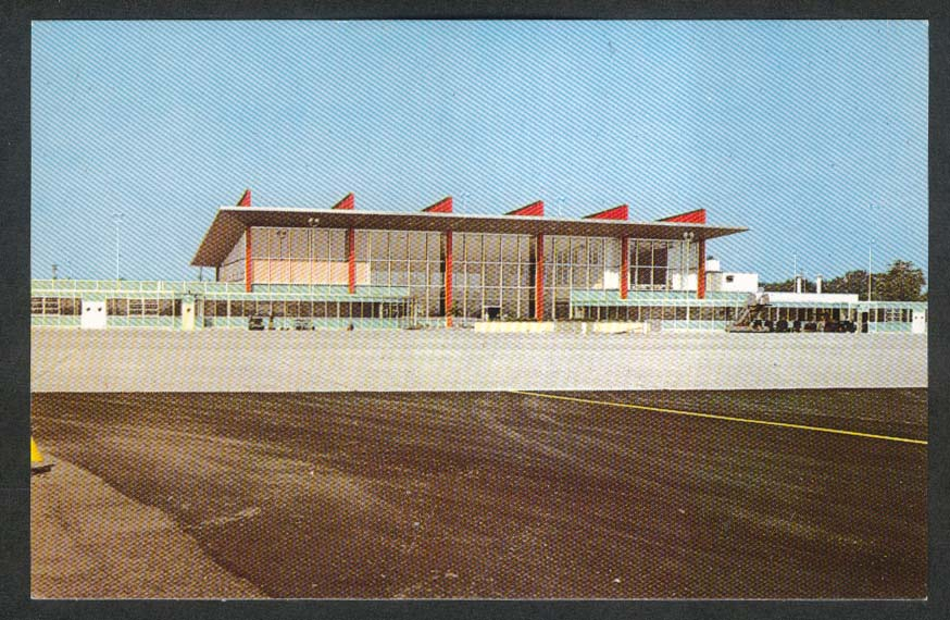 Terminal Building Theodore Francis Green State Airport Warwick RI postcard 1950s