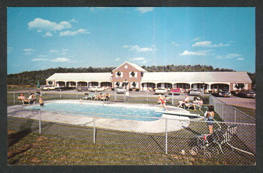 Green Mountaineer Motel White River Junction VT postcard 1960s