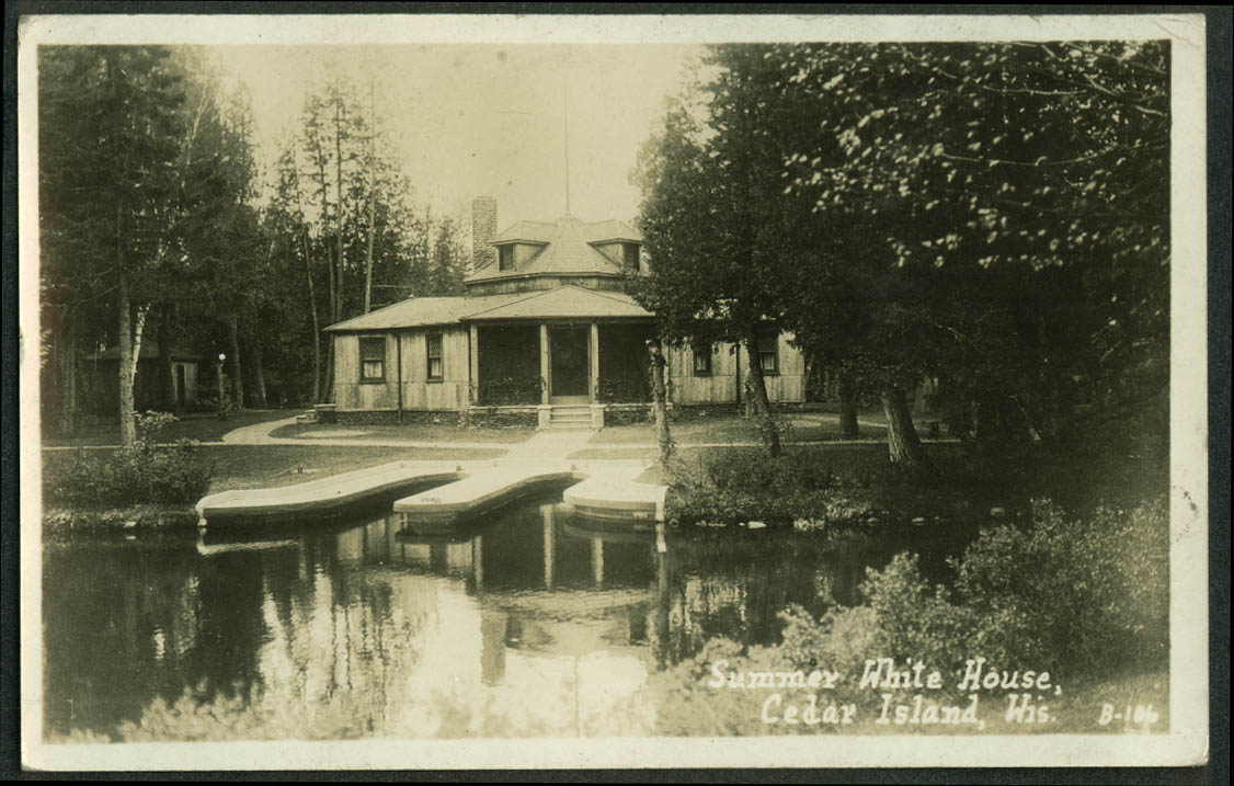 Water side docks Calvin Coolidge Summer White House Cedar Island Wi RPPC 1928