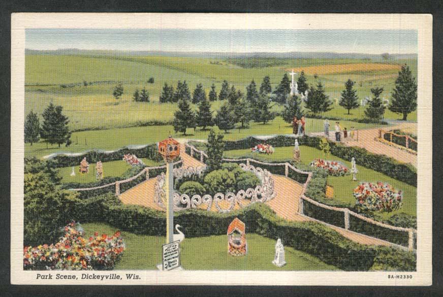 Park Scene Dickeyville WI postcard 1930s
