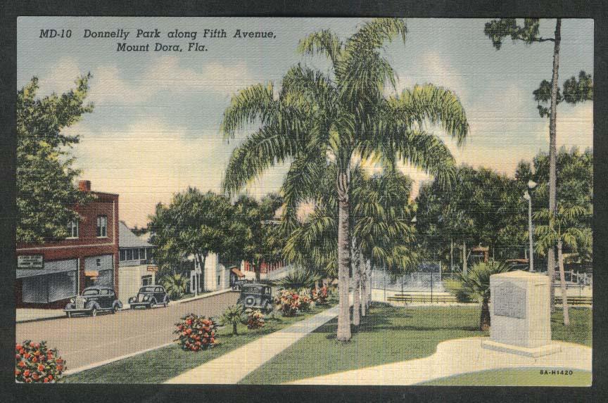 Donnelly Park along Fifth Avenue Mount Dora FL postcard 1930s