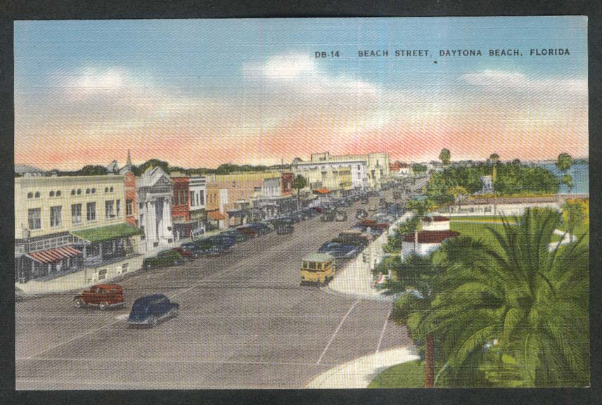 Beach Street Daytona Beach FL postcard 1930s