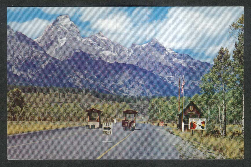 Visitors Entrance Grand Teton National Park WY postcard 1950s