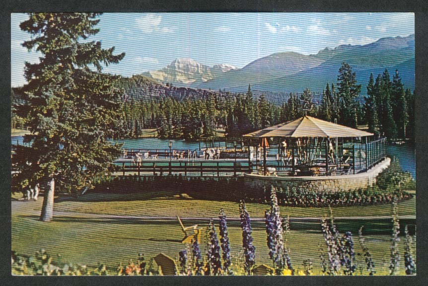 View from Jasper Park Lodge Lac Beauvert Mt Edith Cavell Alberta postcard 1950s