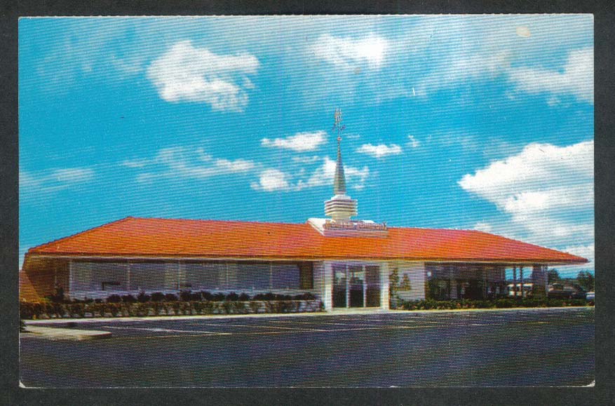 Howard Johnson's Restaurant postcard 1950s
