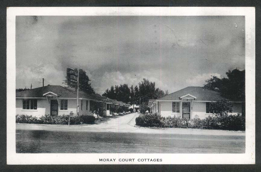 Moray Court Cottages 3100 6th South St Petersburg FL postcard 1955