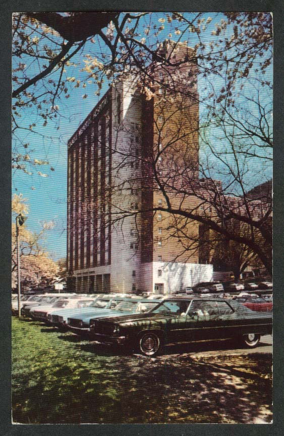 Roanoke Memorial Hospital Medical Center VA postcard 1979
