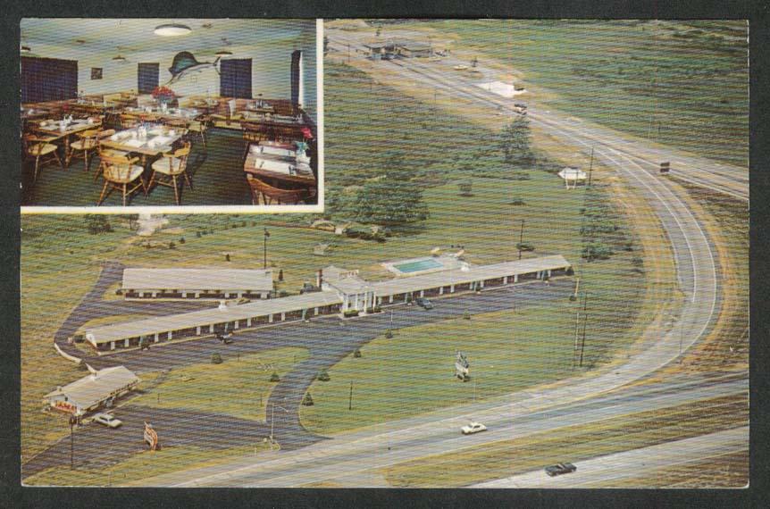 Pike Plaza Motel & Restaurant Newton Falls OH postcard 1960s