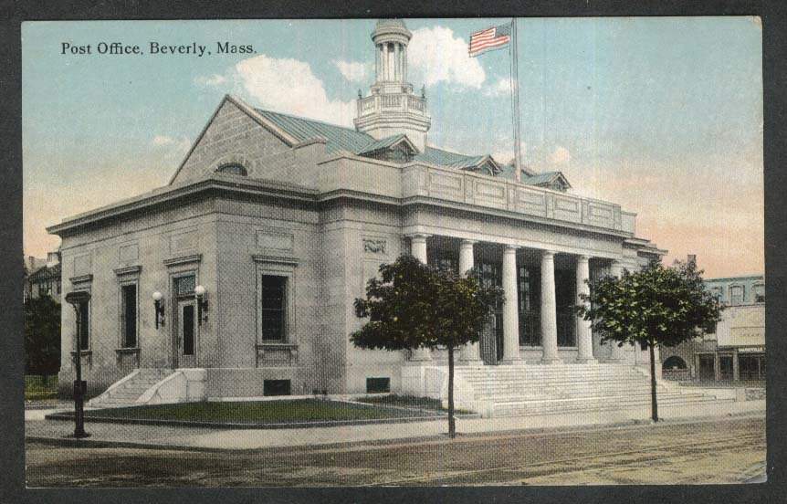 Post Office Beverly MA postcard 1910s