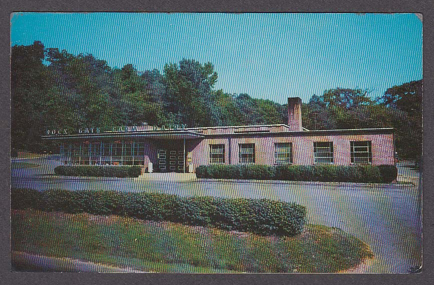 Image for Emmadine Rock Gate Restaurant Bedford Hills NY postcard 1950s