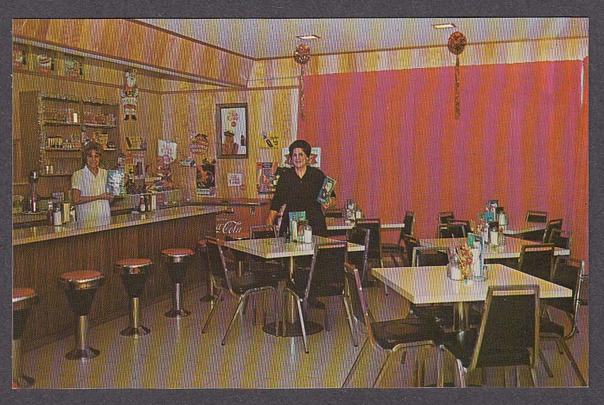 Welk's Restaurant Mattawa Ontario Canada postcard 1960s