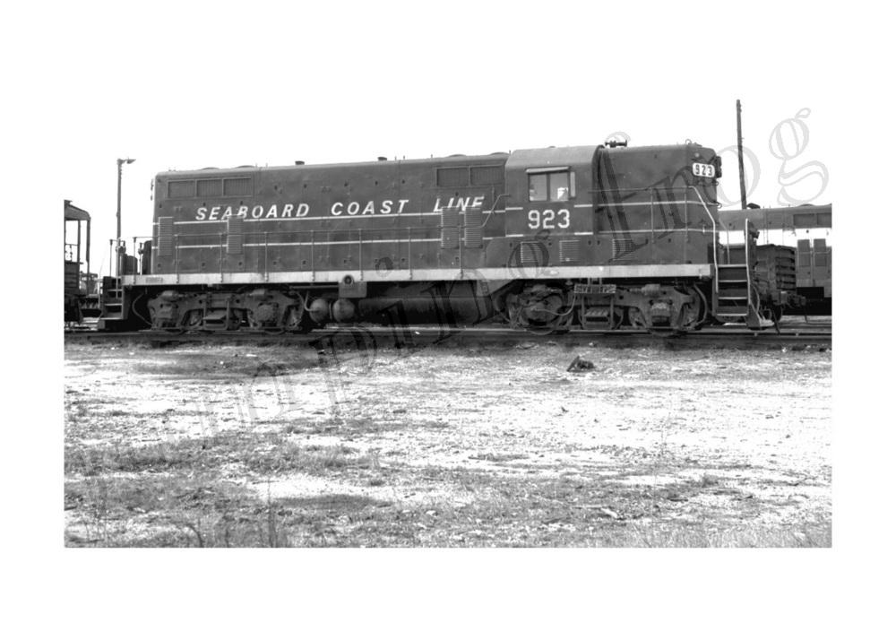 Image for Seaboard Coast Line diesel locomotive #923 5x7