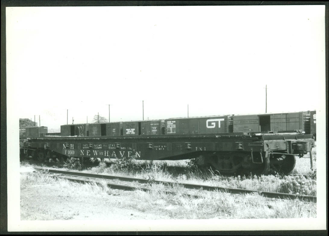 New York New Haven & Hartford RR Flat Car #F-160 New Haven CT 1966 photo