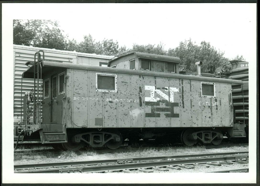 New York New Haven & Hartford RR Caboose #C-560 S Braintree MA 1970 photo