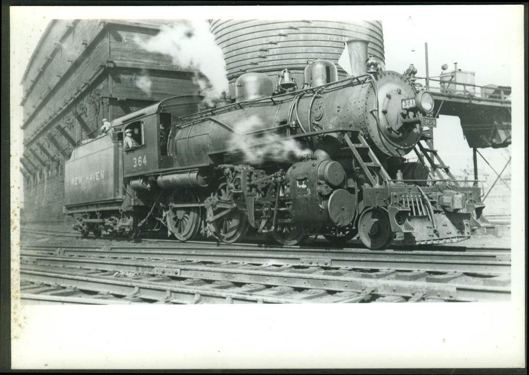 New York New Haven & Hartford RR 2-6-0 loco #364 Danbury CT 1934 photo