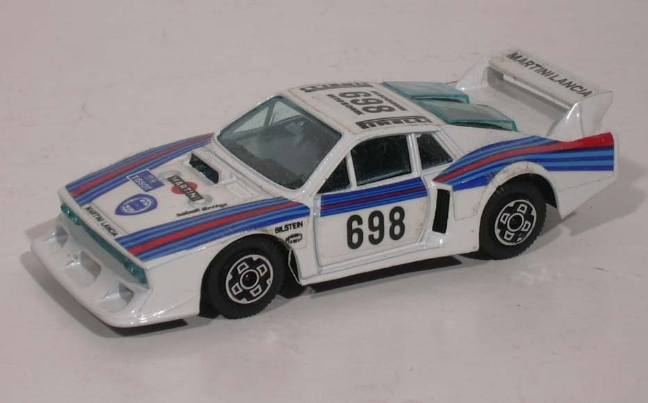 Burago Lancia Beta Martini 1:45 diecast car #4170 MIB