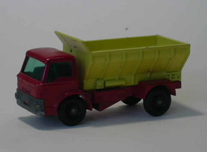 Ford Grit Spreader Truck Matchbox #70 B 1966
