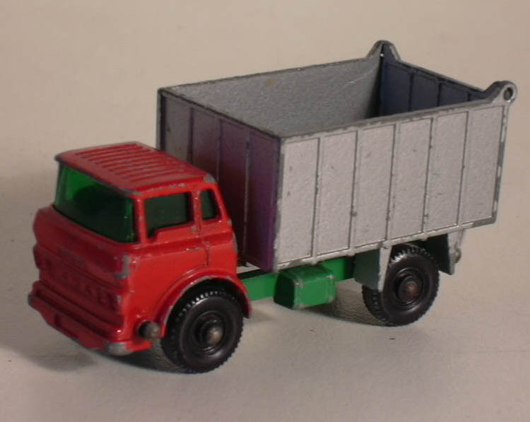 Matchbox GMC Tipper Truck #26C issued 1968
