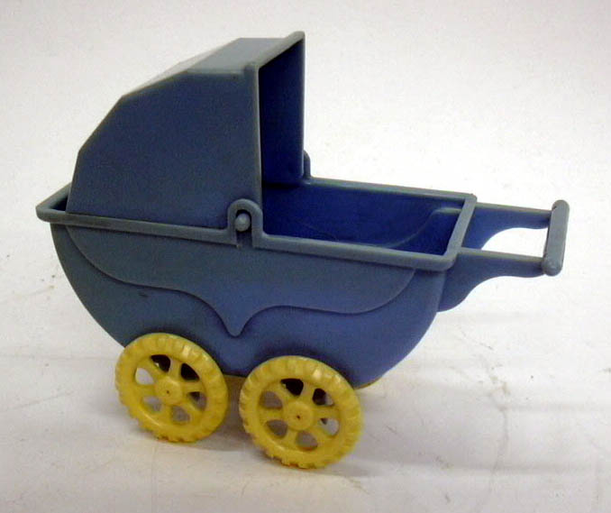wannatoy plastic baby carriage ca 1950s